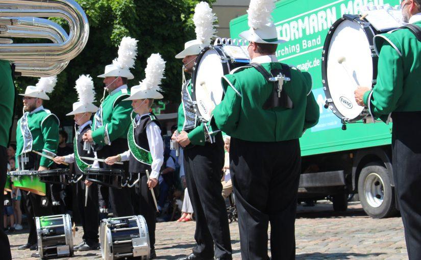 Bass-Drum Spieler dringend gesucht!